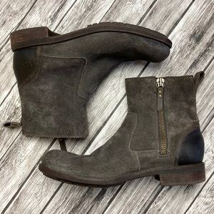 UGG Dulwich Brown Boots Size 7.5